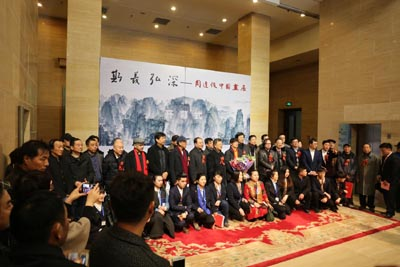 斯义弘深-周逢俊中国画展中国美术馆开幕