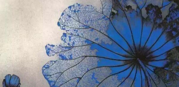 为响应党的第十八次代表大会关于繁荣文化的号召,本着弘扬民族文化的历史使命感,美丽中国中国重彩画作品展将于6月17日在中国美术馆举办。此展结合中国重彩画现实主义真善美的大主题,以关注当下社会民生为亮点,发扬传统文化,推出错彩镂金与芙蓉出水两种审美概念。遵循百花齐放的方针与具有鲜明个性的艺术风格。展览从历届中国重彩画高研班(14届)470余名画家中遴选了150余幅作品,展现了中国重彩画团队的全貌,也是在中国重彩画经历了从初创到走向成熟基础上的一次展示。 蒋采苹简介: 蒋采苹,女,1934年生