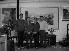 优乐娱乐官网照片与孙致安,顾凤妹在画室