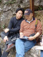 李晓军活动照片观龙瑞院长在大巴山写生