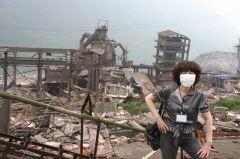 崔虹照片2008灾区512大地震07