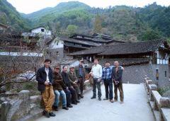 刘选让活动照片与本院画家在泰顺县古民居考察