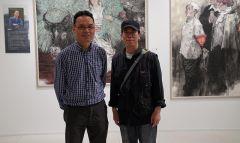 ARTIST_NAME作品2016年5月21日,郭山泽在烟台美术馆展览现场与任惠中老师合影
