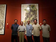 马硕山照片刘龙庭,赵力忠来国家博物馆观看作品