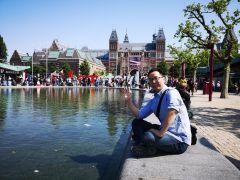 周扬波活动照片游览阿姆斯特丹