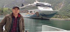 周逢俊照片挪威峡湾