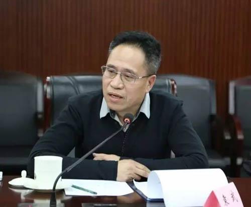 09中国画家代表袁武发言.jpg