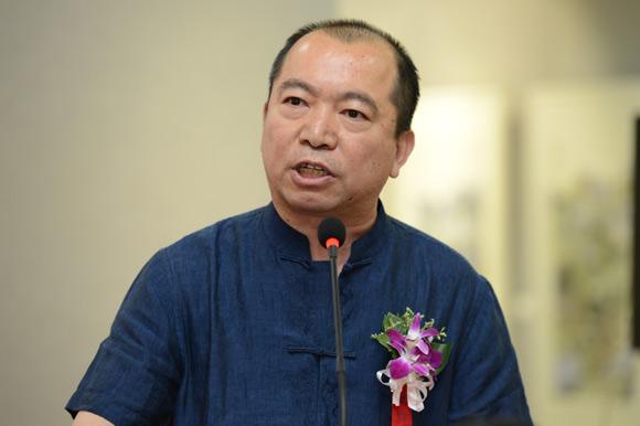 京徽画院执行院长杜林先生发表热情洋溢的讲话.jpg