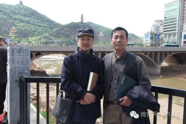 刘选让教授与中国艺术研究院中国画院田黎明院长在延河边合影.jpg