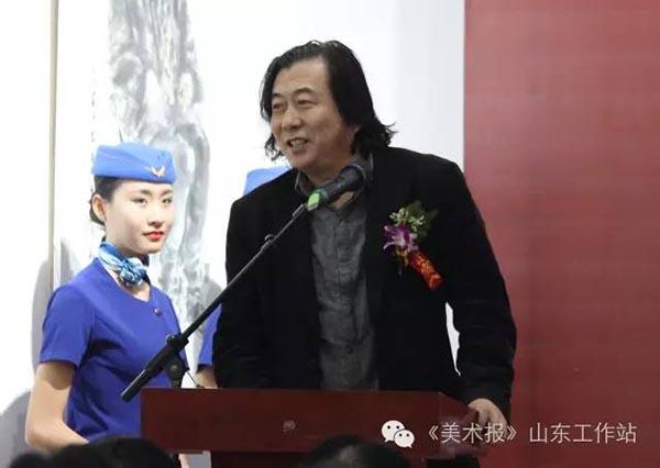 山东师范大学美术学院副院长张望先生致辞.jpg