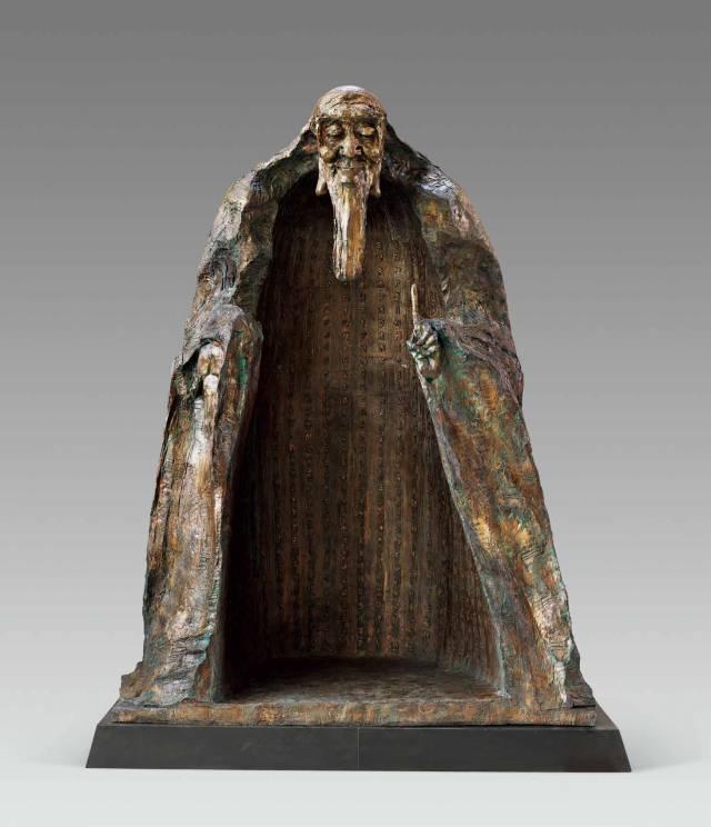 老子与《道德经》 吴为山(北京) 235 cm × 185 cm × 330 cm  雕塑.jpg