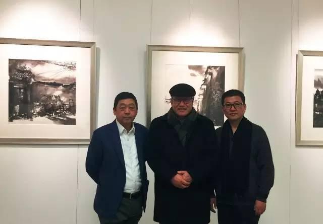 著名艺术家刘巨德先生与参展艺术家.jpg