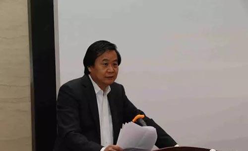 邓维东   中国画学会秘书长、主持人.jpg