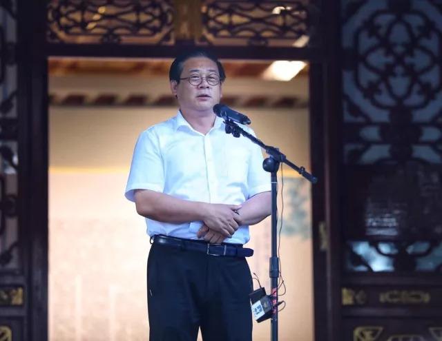 中国美术家协会分党组书记徐里.jpg