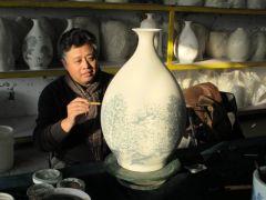 马志刚作品画瓷